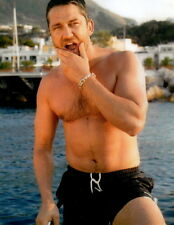 Gerard Butler Shirtless 8x10 photo P4360