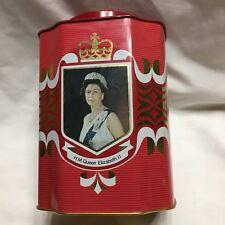 Queen Elizabeth Silver Jubilee 1977 Tin  Duke Edinburgh Castle England Britain