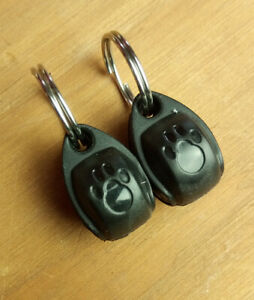 NEW 2 x Pet Mate electromagnetic Cat Collar magnets