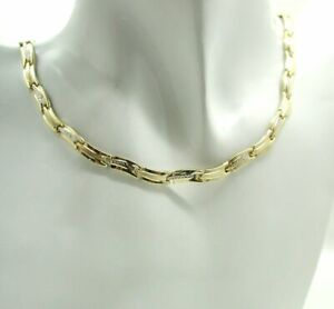 Vintage Nice Quality Stylish Two Colour 14 carat Gold Necklace