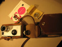 8 mm Kamera-Filmkamera Pentaka 8 B aus DDR 1960.Jahre-Antique 8mm film camera