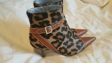 Dolce & Gabbana Sz38 Leopard Pointed Toe Pony-Hair leather Ankle Booties boots