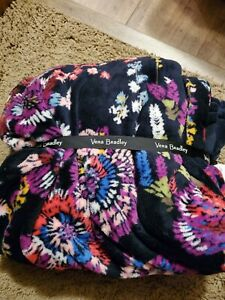 vera bradley Fleece Throw Midnight Wildflower NWT