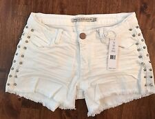 Romeo & Juliet Couture White Stretch Denim Studded Cut Off Shorts sz25 NWT