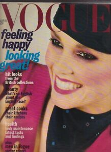 VOGUE MAGAZINE 1977 March 15th  free gift wrap  FAST DISPATCH