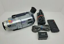 Sony Handycam Digital 8/Hi-8/8mm Super Steady Night Shot Mega Pixel DCR-TRV730
