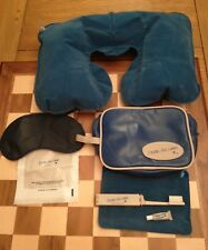 Delta Airlines vintage cabin flight toiletry bag Circa 1980s with accessories