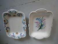 AXE VALLEY POTTERY VINTAGE BEAUTIFUL HAND PAINTED DISPLAY PLATES PLATTERS X 2