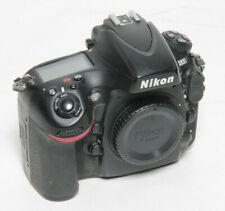 Nikon D800 gebraucht, 40391 Auslösungen, normale Gebrauchsspuren