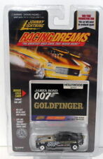 Voitures, camions et fourgons miniatures Johnny Lightning james bond 1:64