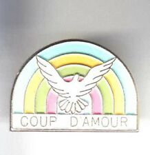 RARE PINS PIN'S .. ANIMAL OISEAU BIRD PIGEON COLOMBE ONG COUP D'AMOUR ~BF
