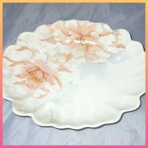 Hadida bone china floral dish Pink Ruffle edge Dainty