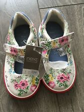 NEW Baby Girl Shoes Size 4 NEXT