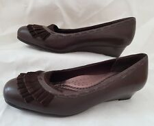 Trotters Women's Comfort Shoe Size UK 5 Wedge Heel Brown Stitch Detail Worn Once