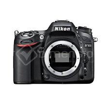 Appareils photo numériques noirs Nikon