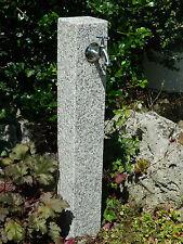 Wasserzapfsäule aus geflammten Granit, Wasserzapfstelle, Außenwasserhahn
