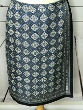 Talbots size 10 wrap skirt 100% silk blue white black pattern lined straight