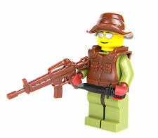 custom army LEGO(R) Marine Jungle Soldier with custom M4 Rifle tactical vest