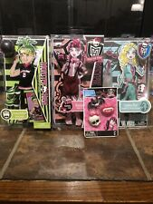 Monster High Doll Lot Fashion Pack Draculaura Newspaper Club NIB New HTF