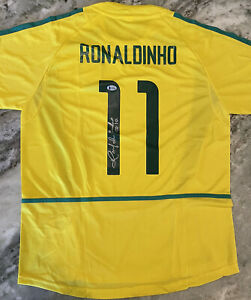 Ronaldinho Signed Autographed Brazil Jersey Inscribed R10 Beckett COA BAS.