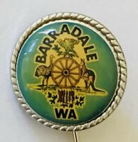 Barradale Western Australia Wagon Wheel Souvenir Badge Pin Vintage (F11)