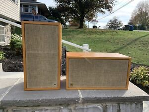 EXCELLENT PAIR AR-4X ACOUSTIC RESEARCH VINTAGE SPEAKERS  ORIGINAL WORK GREAT!