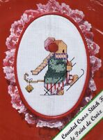 Vintage New Berlin Counted Cross Stitch Kit Christmas Mouse Lace with Hoop