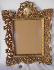 Vintage Cameo Gold Gilded 16 ½� Wood Picture Frame Copywright Cameo #48 Gorgeous