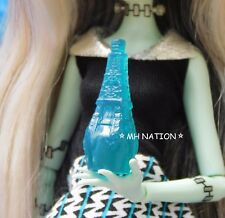 Monster High SCARIS CITY OF FRIGHTS Blue Bottle Accessory