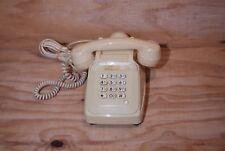 TÉLÉPHONE A TOUCHES SOCOTEL S 63 couleur blanc crème / VINTAGE