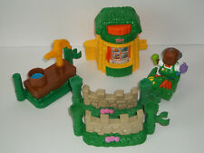 Fisher Price Produce Sales   FP 741
