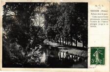 CPA Yzeron Ecluse dans le parc (614701)