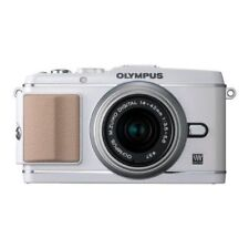 Near Mint! Olympus E-P3 12.3 MP with 14-42mm White - 1 year warranty