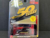 Johnny Lightning Honda Civic Custom 1998 Black and Gold Series JLCP7197 1/64
