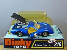 """DINKY TOYS modèle No.216 Dino Ferrari """"bleu métallisé version"""" (faible Box) En parfait état, dans sa boîte"""