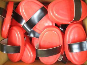 25 Kuststoffstriegel Striegel rot mit Handschlaufe *NEU*