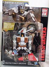 Transformers Generations Combiner Wars Deluxe Protectobot Groove Figure