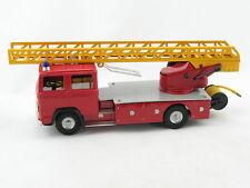 Blechspielzeug - Mercedes LKW Feuerwehr Leiterwagen von KOVAP 0622