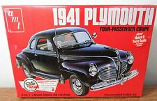 AMT 919 1941 Plymouth Four-Passenger Coupe Plastic model kit 1/25