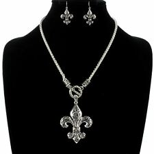 NEW !  Filigree Fleur de lis Necklace and Earring Set