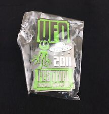 Roswell Crash New Mexico UFO Festival 2011 Rare Collectible pin, New!