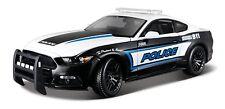 Ford Mustang GT 2015 Police schwarz/weiß, Modellauto 1:18 / Maisto
