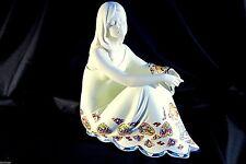 Figürliche Keramiken mit Frauen-Motiv