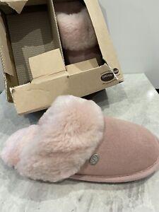 Slippers Just Sheepskin Size 3/4 Brand New #w5