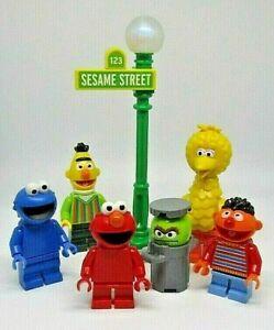 LEGO Sesame Street Minifigures IDEAS 21324 Choose Big Bird, Elmo, Ernie and Bert