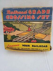 Vintage Louis Marx No. 430 Grade Crossing Set