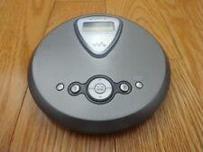 Sony D-NE270 FM/AM Radio Altrac3plus MP3 CD Portable Compact Disc Player