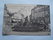 CPA 87 HAUTE VIENNE ..LIMOGES place Fournier ..L'enfant et l'Oie 1905