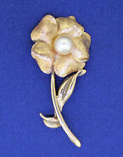 Solid 14K Gold 7.1g Pearl Flower Pin / Brooch