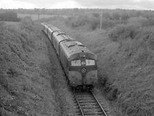PHOTO  1985 PASSENGER TRAIN 016 LEAVING BIRDHILL A CIE 001 CLASS LOCOMOTIVE HEAD